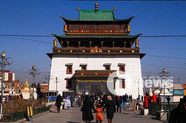 Ханш нээхээр нас барагсдын газрыг эргэх нь монгол ёс биш
