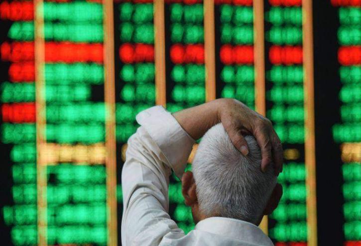 Хятад улс дэлхийн хөрөнгийн зах зээлд хоёрт бичигддэг байр сууриа алджээ