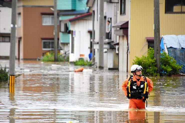 Японы Ямагата мужид үер буужээ