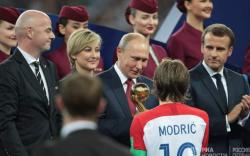 Путин хаалтын тоглолтыг онцгой зочидтой үзэв