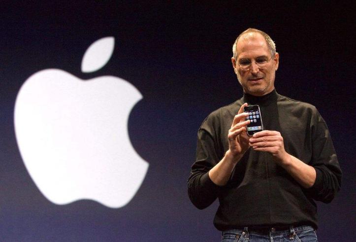 Аpple компанийг үүсгэн байгуулагч Стив Жобс хэн байв?
