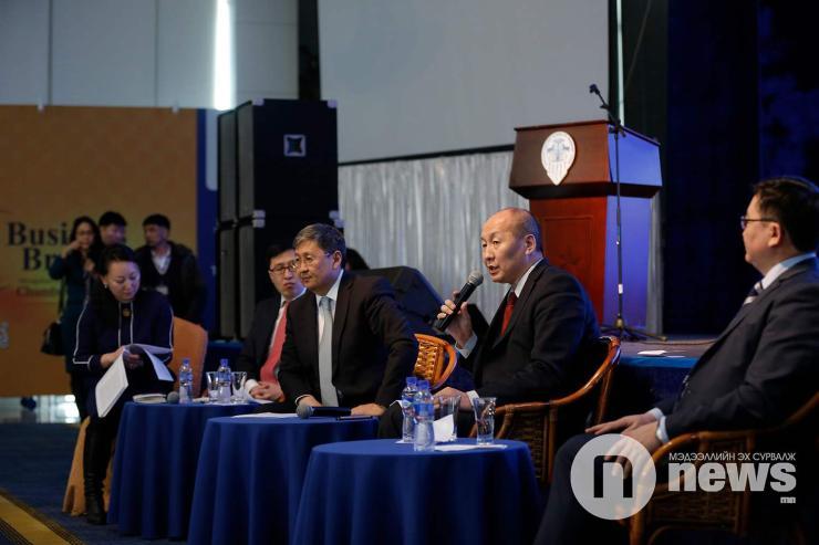 Ч.Хүрэлбаатар: Үндэслэлгүй акт тавибал хариуцлага хүлээлгэнэ