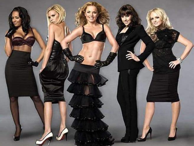 "90-ээд оны шуугиан  ""The Spice Girls"""