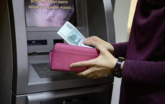 Оросуудын дийлэнх нь цалиндаа хангалуун бус байна