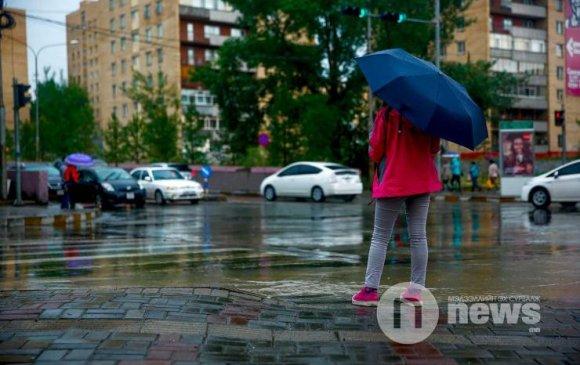 Амралтын өдрүүдэд ихэнх нутгаар бороошино
