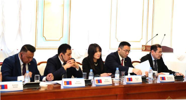 Харилцааг шинэ шатанд гаргасан Астанагийн хуралдаан