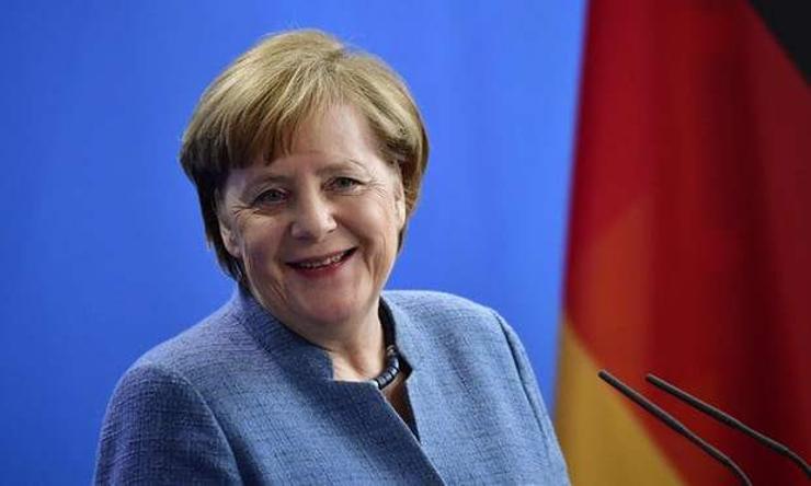 Меркель тэтгэвэртээ суух болоогүй