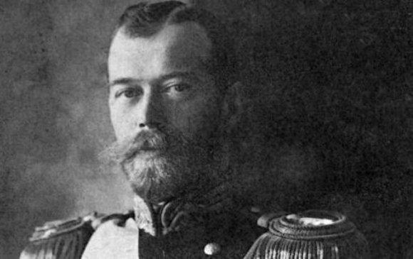 Николай II хааны цусны толботой цамцыг Эрмитажид байрлуулна