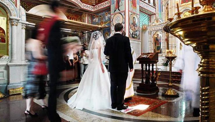 Гурван удаа гэрлэхийг сүм зөвшөөрлөө