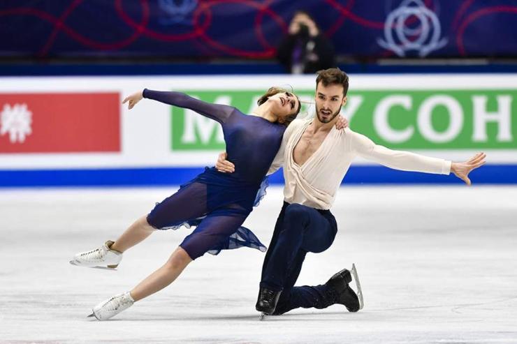 Францын бүжгийн хос дэлхийн аваргын 3 дэх алтан медалиа хүртлээ