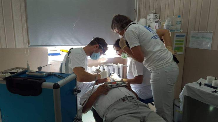 Герман улсын шүдний эмч нар нийт 8494 хүнд үйлчилгээ үзүүллээ