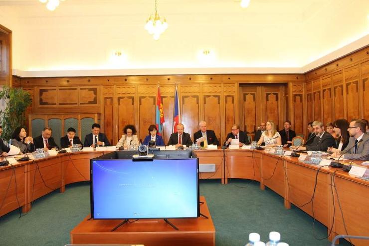 Монгол улс, БНЧУ-ын засгийн газар хоорондын хамтарсан комиссын хуралдаан амжилттай болж өндөрлөлөө